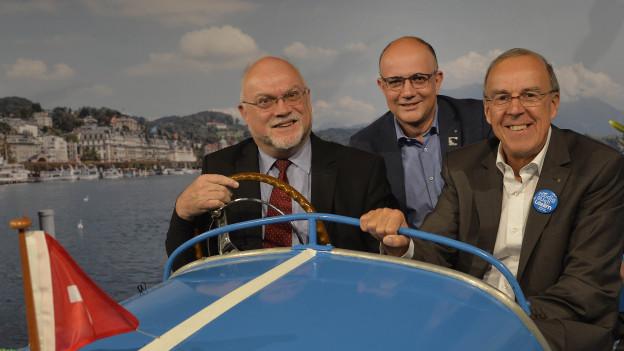 Gemeinsam im Boot: Ruedi Lustenberger, Nationalratspräsident, Nicolo Paganini, OLMADirektor, und Werner Fluder, OK-C...
