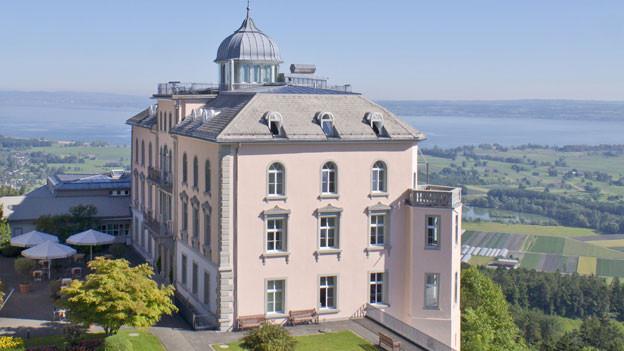 Die Klinik Walzenhausen kann 60 Reha-Patienten aufnehmen.