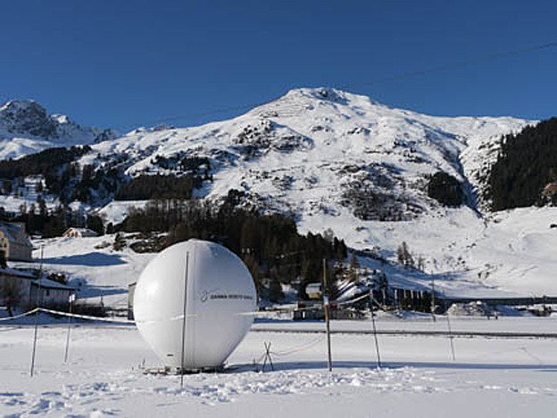 Vom Innovationspark hätte auch das Lawinenforschungsinstitut in Davos profitiert – im Bild das terrestrische Radar.