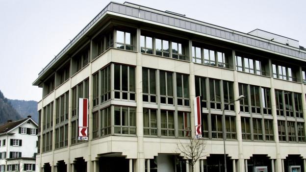 Fensterfront Glarner Kantonalbank
