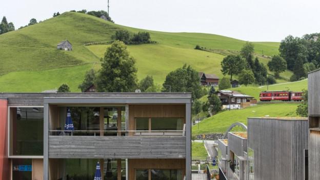 Mit der Appenzeller Bahn von Urnäsch nach St. Gallen ist markant teurer als von Waldstatt.