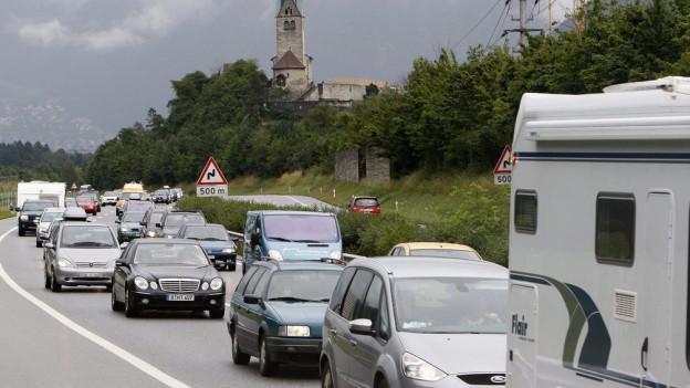 Der Verkehr staute sich quer durch den Kanton.