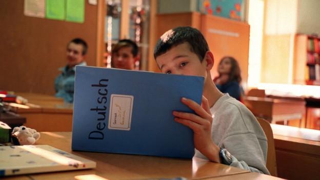 Die Flüchtlinge sollen mehr Deutsch für den Alltag lernen als Grammatik pauken