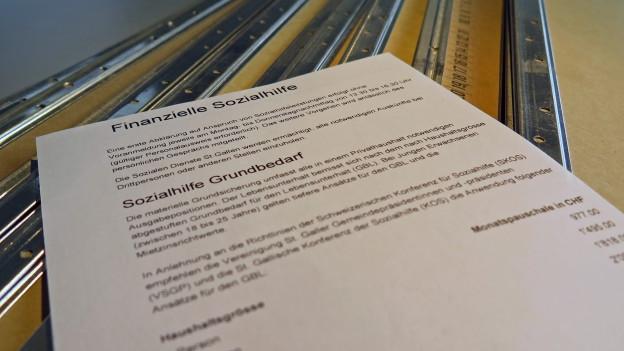 St.Gallen will bei der Sozialhilfe über die Bücher