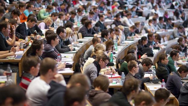 Studiumsbeginn: Immer mehr Studenten an der Uni St. Gallen