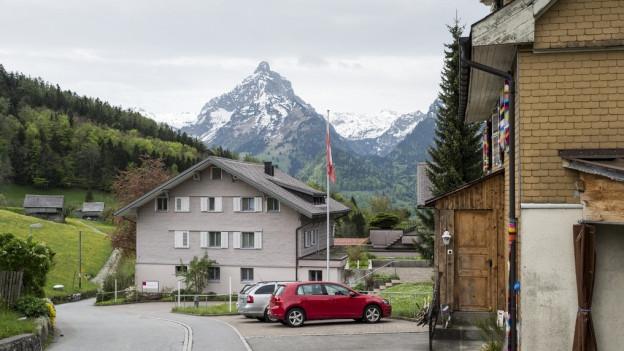 Gemeinderat Amden wehrt sich nicht gegen Asylzentrum