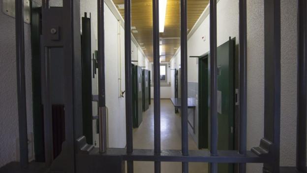 Der Kanton Glarus will sein Gefängnis sanieren - oder ein neues bauen.