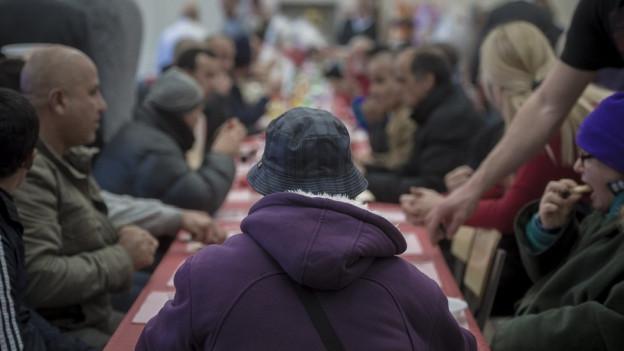 uch im neuen Jahr werden viele Flüchtlinge nach Graubünden kommen, so Regierungspräsident Rathgeb.