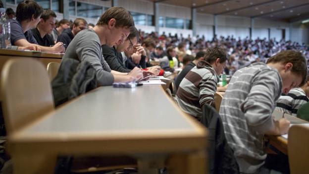 In St. Gallen studieren und in Zürich wohnen