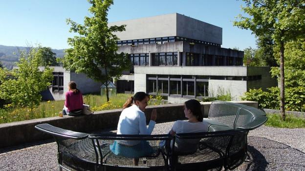 Keine Studierenden aus Syrien: Die Universität St. Gallen