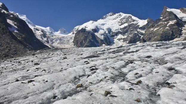 Insgesamt gelten im Berninagebiet vierzig Personen als vermisst.