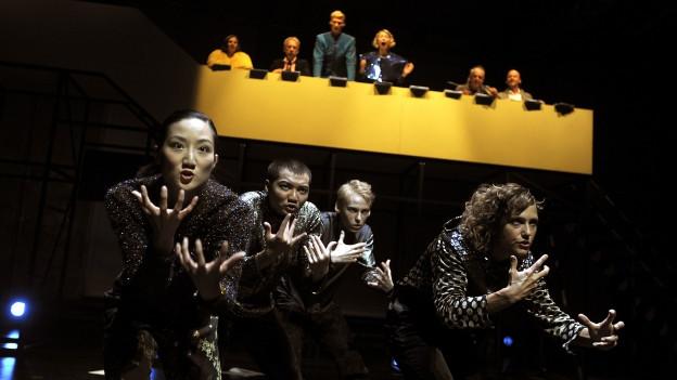 Das Theater St. Gallen startet mit einer Hamlet-Trilogie in die Saison.