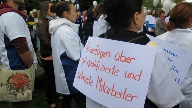 Die Mitarbeitenden des Spitalverbundes Appenzell Ausserrhoden setzen sich für den Erhalt des Spitals Heiden ein.