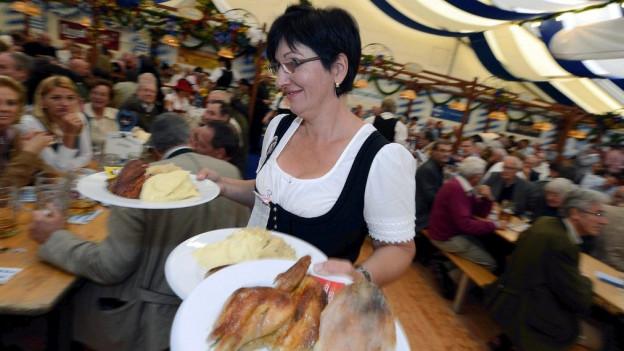 Gefragte Oktoberfeststimmung: An der Olma geht es so munter zu wie am bekannten Zürcher Oktoberfest auf dem Bauschänzli.