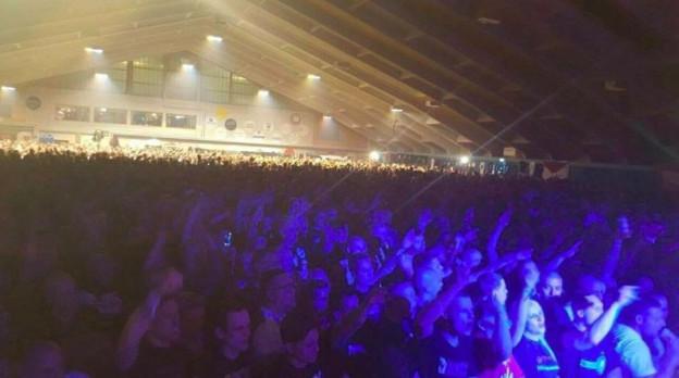 Blick in die Halle während des Konzerts.