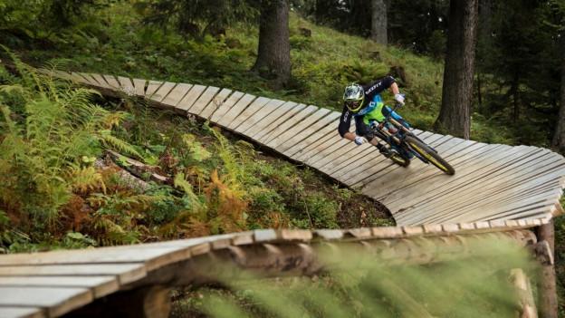 Die Bergbahnen sind zufrieden: Vielfältige Angebote haben Wanderer und Biker in die Berge gelockt.