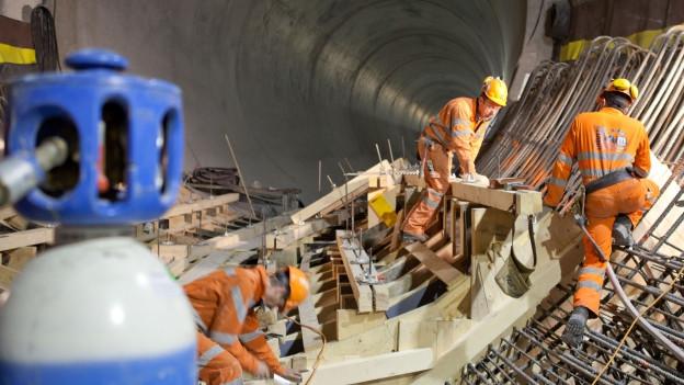 Arbeiter beim Kraftwerk Linth-Limmern