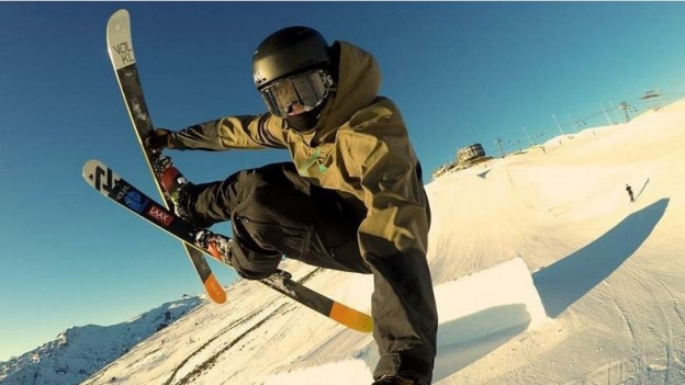Andri Ragettli auf den Ski