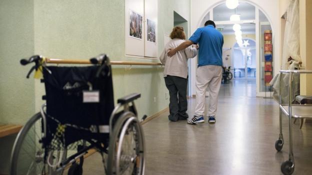 Forderung nach mehr Pflegepersonal