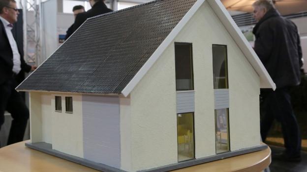 Eine eigene Wohnung oder ein eigenes Haus: Wer sich im letzten Jahr in Graubünden oder der Ostschweiz ein Haus oder eine Wohnung kaufte, hat den richtigen Zeitpunkt gewählt. Die Preise gingen nämlich zurück.