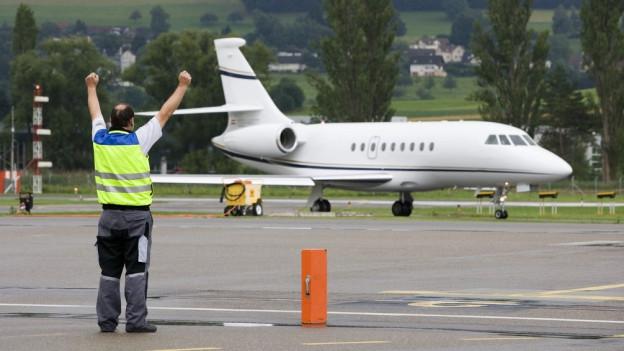 Wie lässt sich die Flugsicherung finanzieren: Diese Frage stellt sich bei kleineren Flugplätzen.