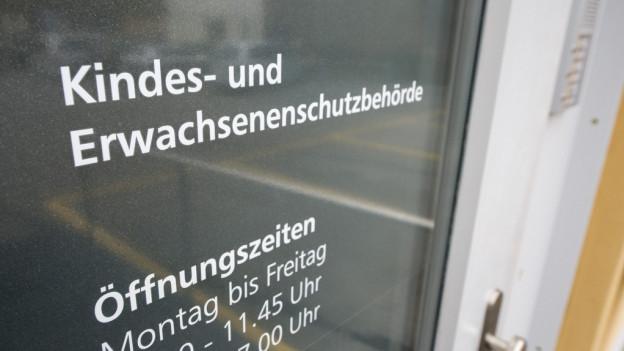 St.Galler Kesb-Gegner schauen nach Schwyz
