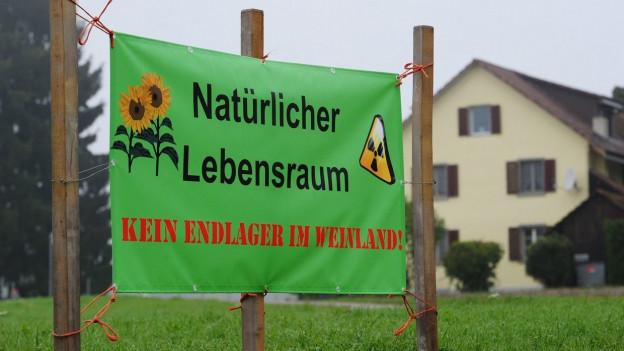 Atommüll-Endlager. Probebohrungen. Der Widerstand ist gross.anzen Weinland.