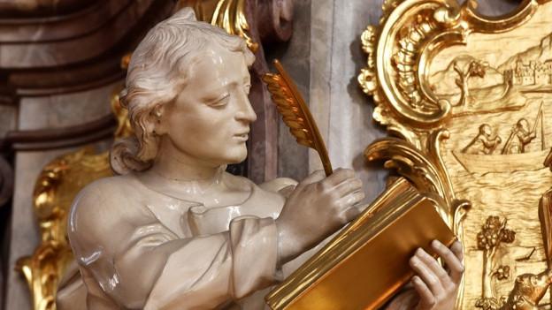 Figur in der Kathedrale