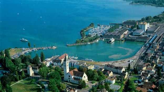 Unternehmer Hermann Hess will in Romanshorn am Hafen Land für den Bau eines Hotels kaufen.