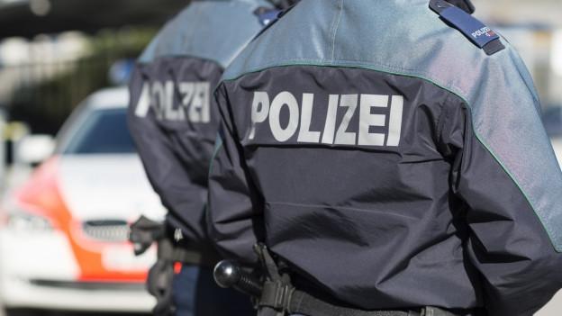 Polizisten der Kantonspolizei Graubünden im Einsatz.