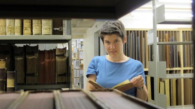Die Historikerin Rezia Krauer leitet die Forschungsstelle der Vadianischen Sammlung.