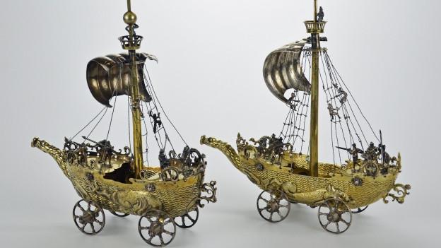 Diese beiden Silberschiffe hat das Museum an die Erben von Emma Budge zurück gegeben.