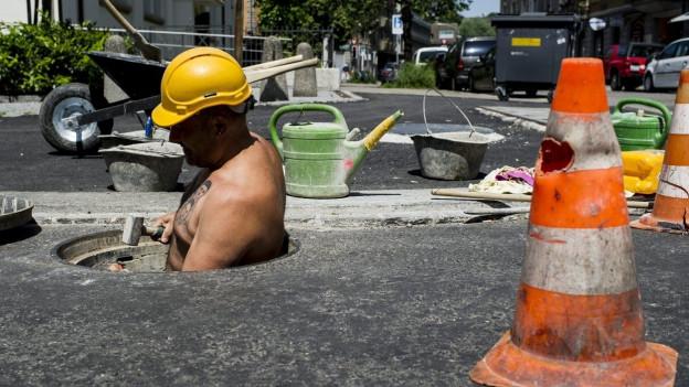 «Wenn der Kanton Projekte im Strassenbau übernimmt, dann wird es teuer», findet die St. Galler SVP.