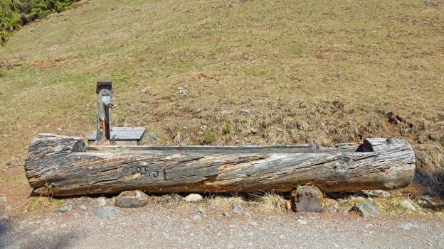 Faustregel: Direkt am Wanderweg führen die Brunnen Trinkwasser, sofern nicht anders angeschrieben.