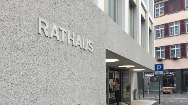 Der Prozess gegen den ehemaligen Gemeindepräsidenten von Berneck hat im Rathaus in Altstätten stattgefunden.