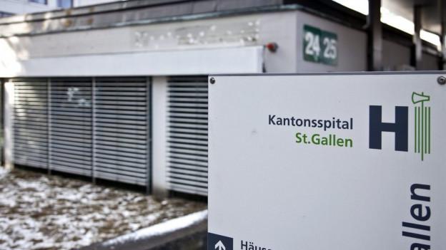 Das Kantonsspital St. Gallen wurde gebüsst.