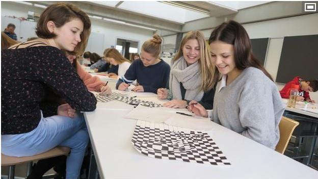 Ab Sommer gibt es in Murten die erste zweisprachige Oberstufenklasse.