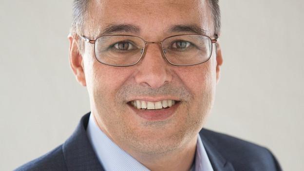 Wolfgang Giella schlug den einzigen Gegenkandidaten, Daniel Lehmann, im zweiten Wahlgang klar.