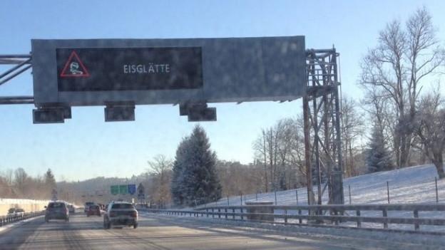 40 Unfälle wegen Eisglätte