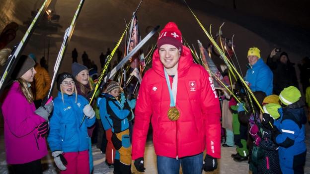 Davos feiert den vierfachen Olympiasieger
