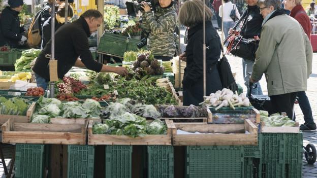 Ein Stand am Markt