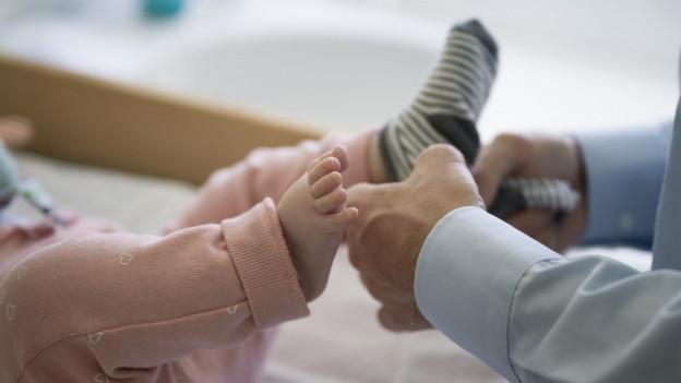 Mehr Zeit für das Baby: Der Vaterschafturlaub in St. Gallen wird ausgedehnt.