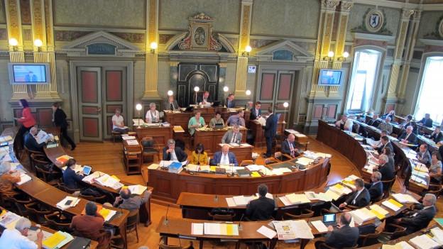 Ein Vorstoss im St.Galler Kantonsrat verlangt das «würdige» Singen des St.Galler Liedes vor jeder Sitzung.