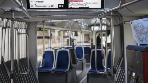 Leerer Bus in der Stadt St.Gallen