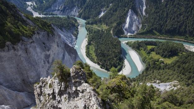 Wanderweg durch die Rheinschlucht