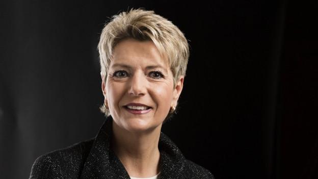 Karin Keller-Sutter über ihr Label «Eiserne Label» und was ihre Herkunft mit ihrer Kandidatur zu tun hat.