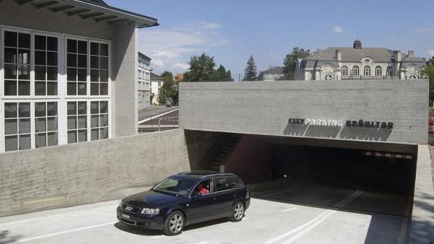 Ein- und Ausfahrt Parkgarage