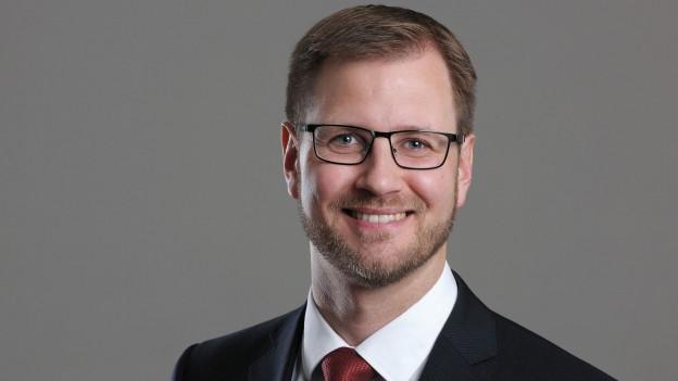 Im vergangenen Jahr wurde der gebürtige Churer zum Honorarprofessor für Strafrecht und Strafprozessrecht an der Universität St. Gallen ernannt.
