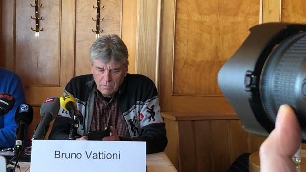 Bruno Vattion an der Medienkonferenz