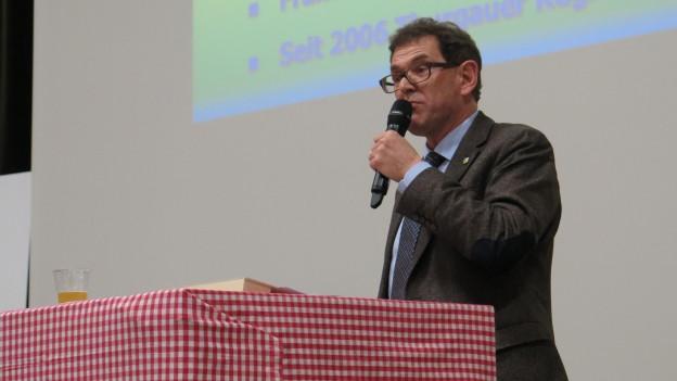 Jakob Stark am Rednerpult